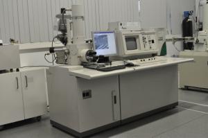 Analytical SEM, Hitachi S2400 with Bruker light elements EDS detector.