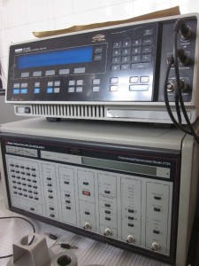 PAR 273 potentiostat/galvanostat coupled with frequency analyser for EIS (Electrochemical Impedance Spectroscopy) studies.